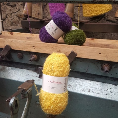 handweavers-guild-cork-road-trip-spring-2018-cushendale-woollen-mills-ball-winder-close-up