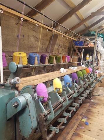 handweavers-guild-cork-road-trip-spring-2018-cushendale-woollen-mills-ball-winder