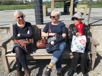 handweavers-guild-cork-road-trip-spring-2018-soaking-up-the-sun